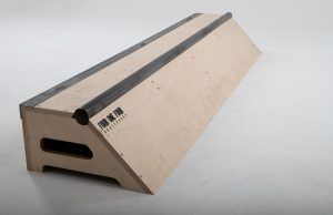SLAPPY BOX portable skate ramp